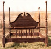 Four Poster Spindle Bed