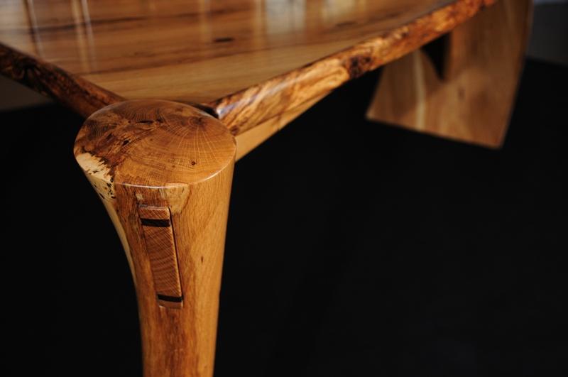 detail of desk leg